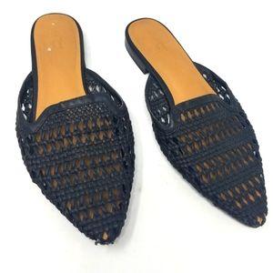 Universal Thread Breathable Black Sandals Slides